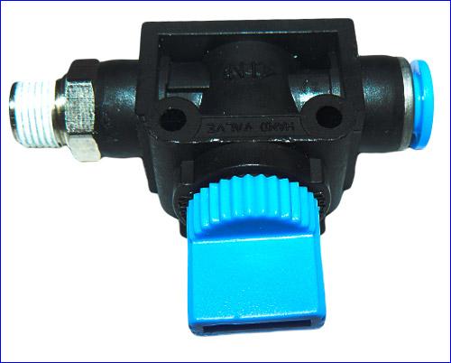 Ручной кран с резьбой G 1/8 и под шланг 4/6 мм.